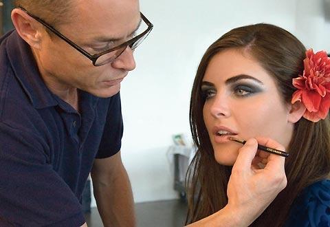 Professional Makeup Artist Color Collection. National Makeup Artist Estee Lauder Mugeek Vidalondon