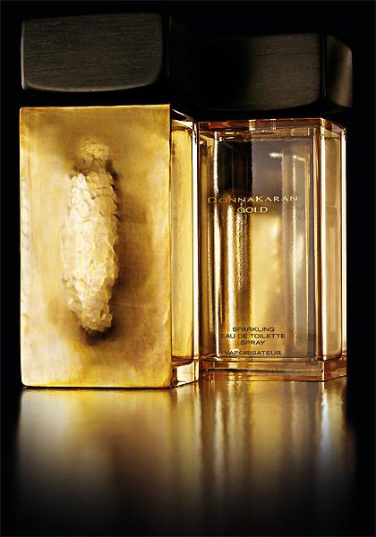 http://www.beautyme.com/fragrance/2008/donnakaran6-2008.jpg